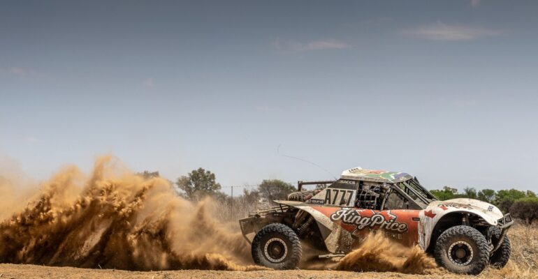 5 back-to-back victories and the title for Trethewey-Roets with 2 races to go